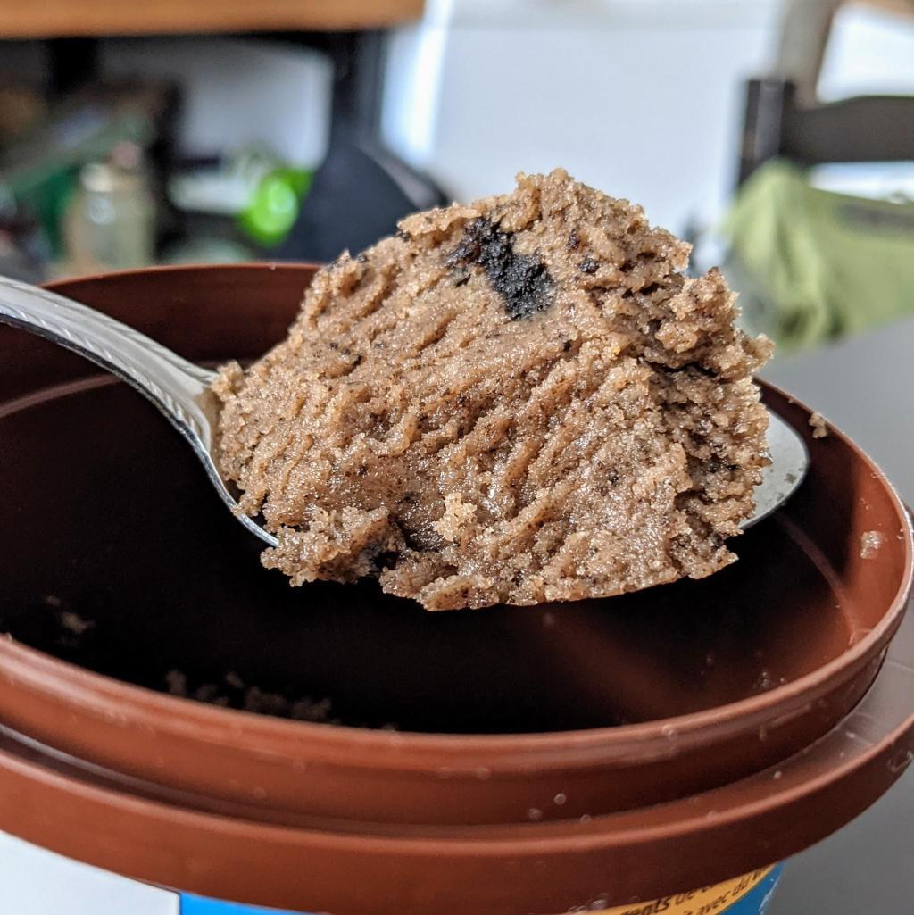 Une cuillérée de Cookie Bluff